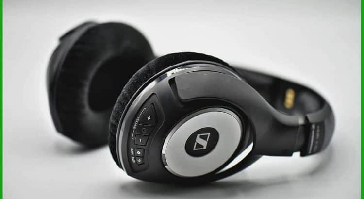 best wireless headphones black Friday deals
